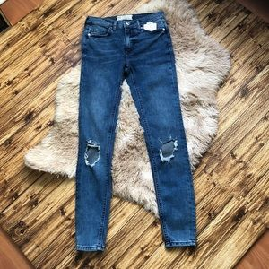 Free People turquoise ripped at knees jeans 24R